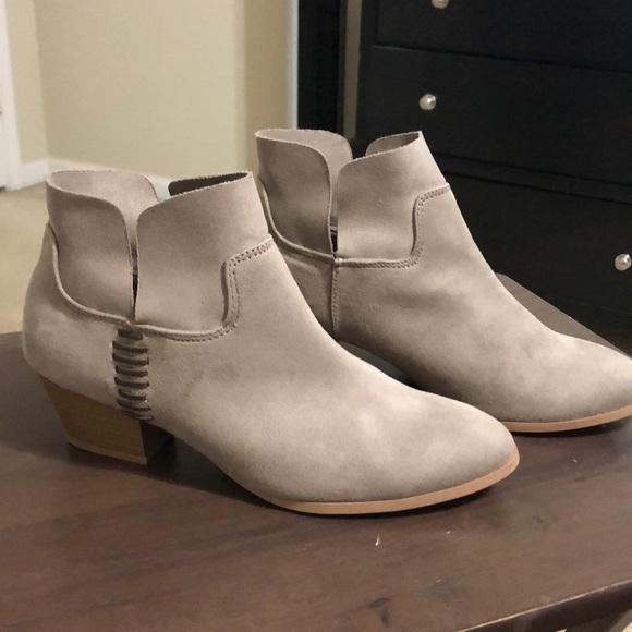 Cupid Shoes - Booties